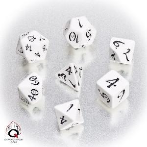 Q-Workshop White and Black Classic Dice Set (7)